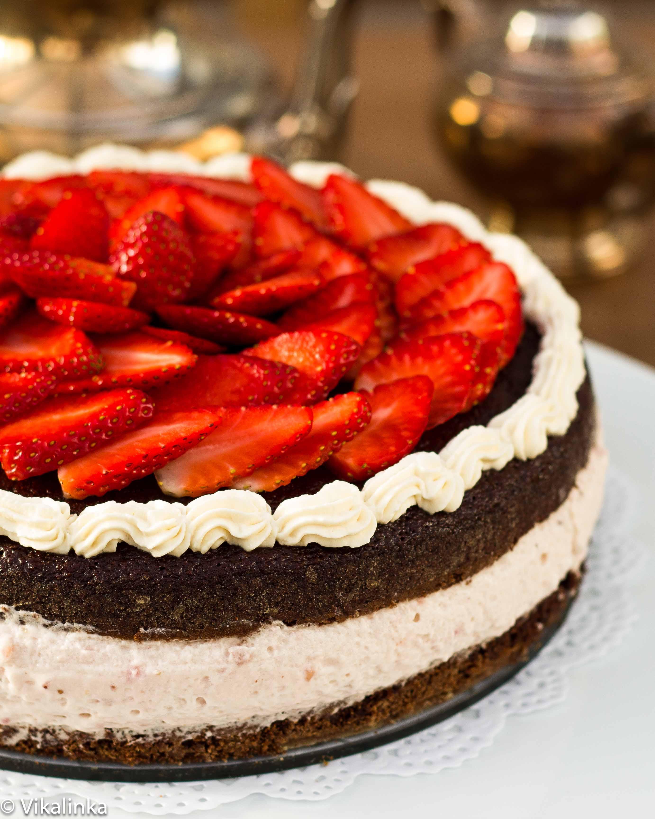 Strawberry Mousse Cake Vikalinka