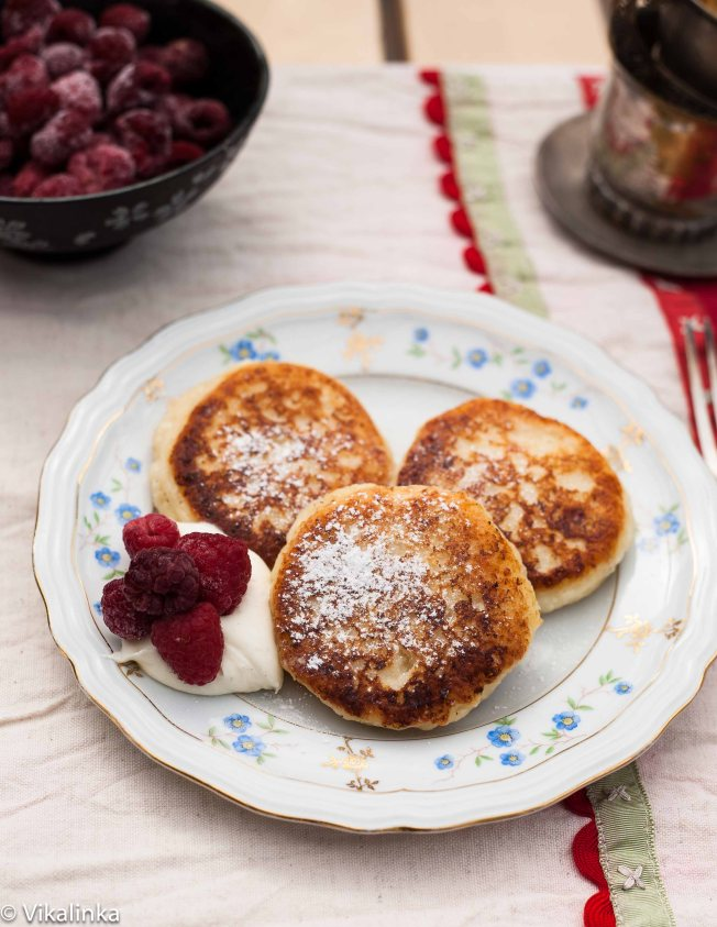 "Russian sweet cheese fritters ""Syrniki"""