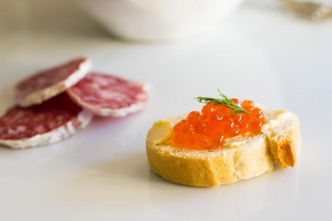 caviar canape