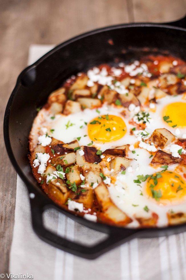 Spanish Hash (Patatas Bravas and Eggs)