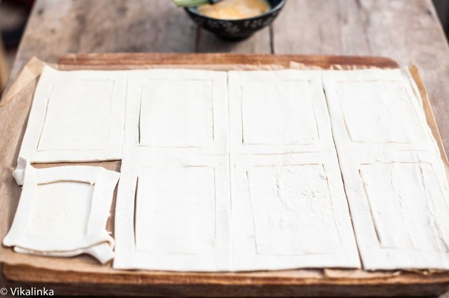 Salted Caramel Pear Tarts