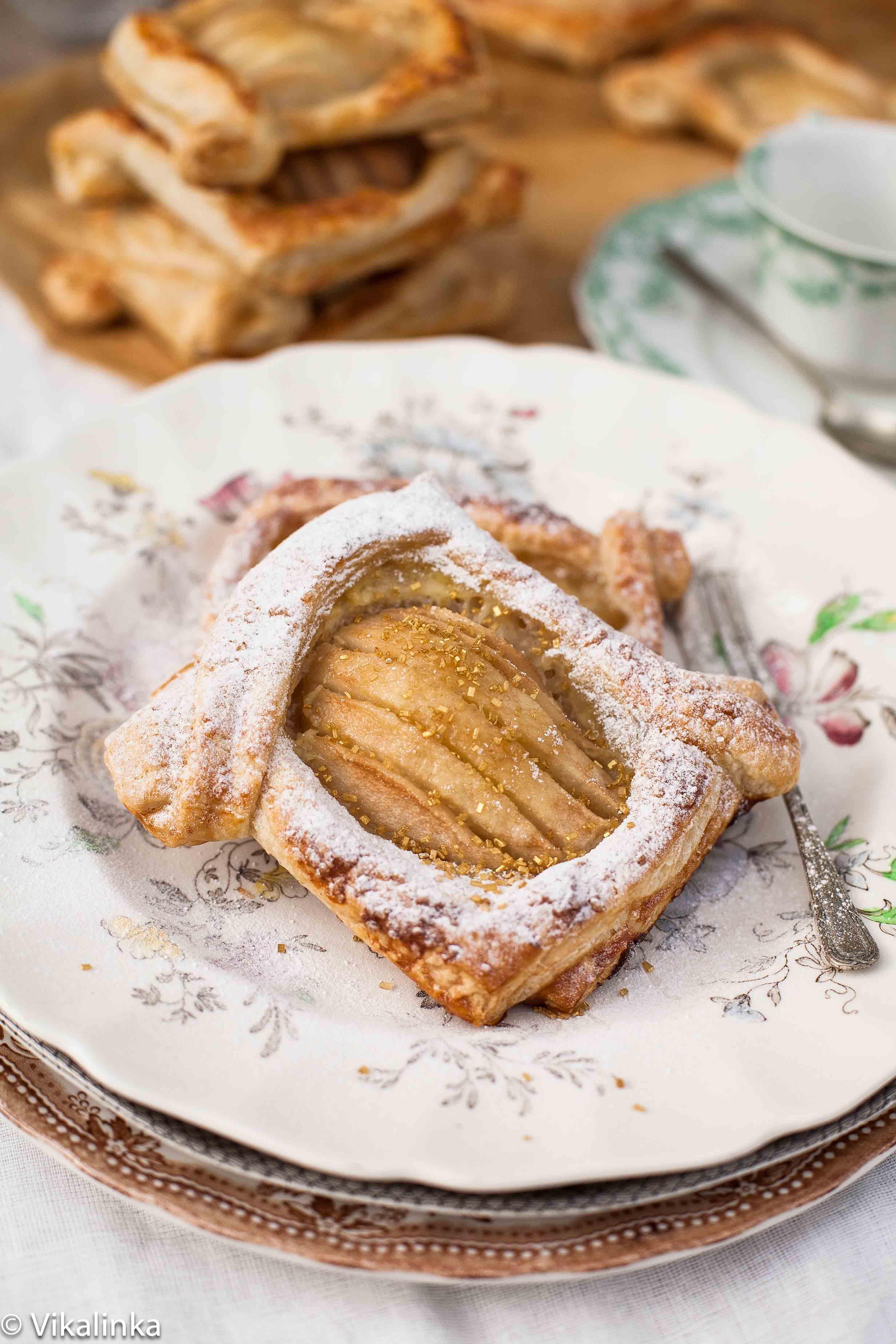Salted Caramel Pear Tarts - Vikalinka